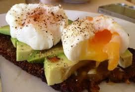 Porqué hacer un desayuno proteico