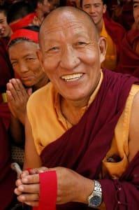 Monje feliz-wikimedia