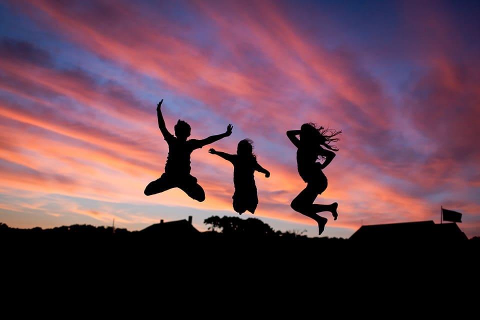 gente feliz-pixabay