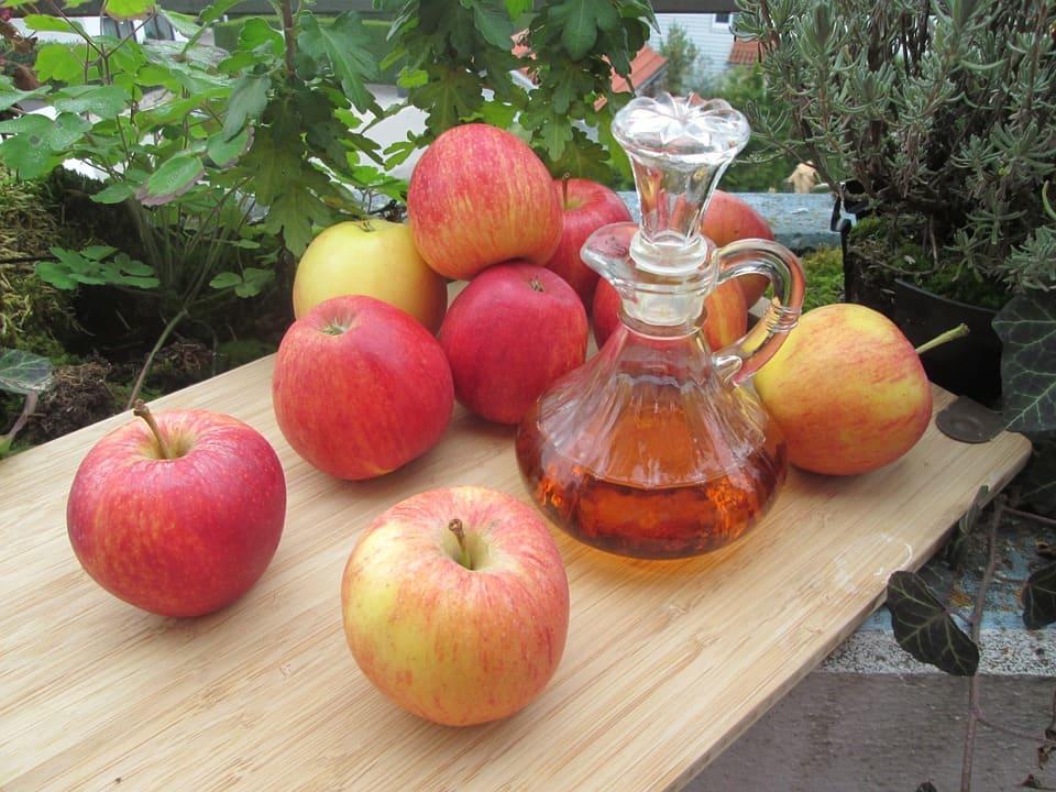 bicarbonato de sodio con vinagre de manzana